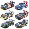 Mattel Cars 2 - Carbon race velké auto Max Schnell