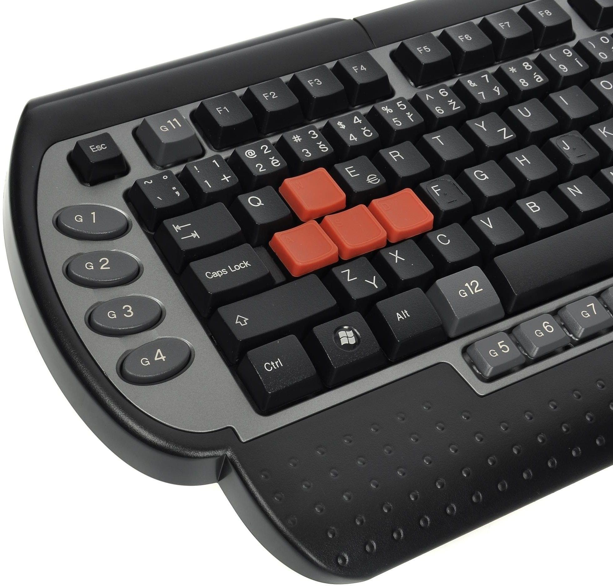 Pro pořádné hry pořádná klávesnice
