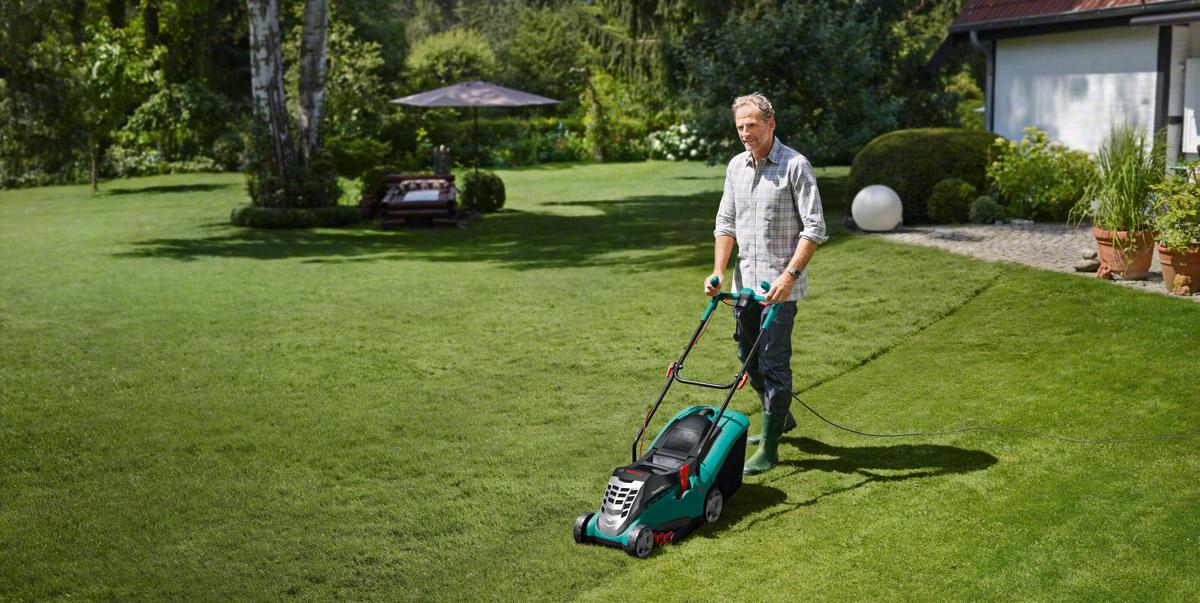 Radostné péče o trávník