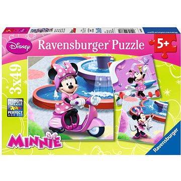 Ravensburger Minnie v parku