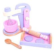 Dřevěný růžový mixér s tácem