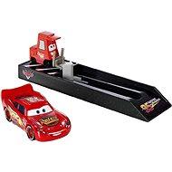 Mattel Cars závodní vystřelovač – Lightning McQueen